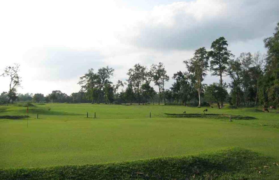 Tingri club golf course